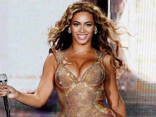 """Quel corpo alla """"Beyoncé"""" che si sente inadeguato (quando l'autostima gioca brutti scherzi)..."""