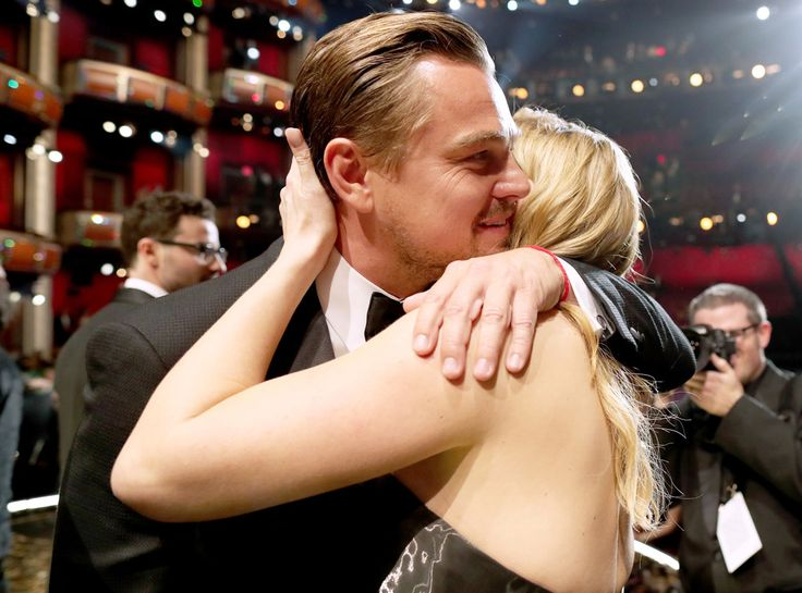 The Best Part of the 2016 Awards Season Was Kate Winslet and Leonardo DiCaprio Flaunting Their Friendship