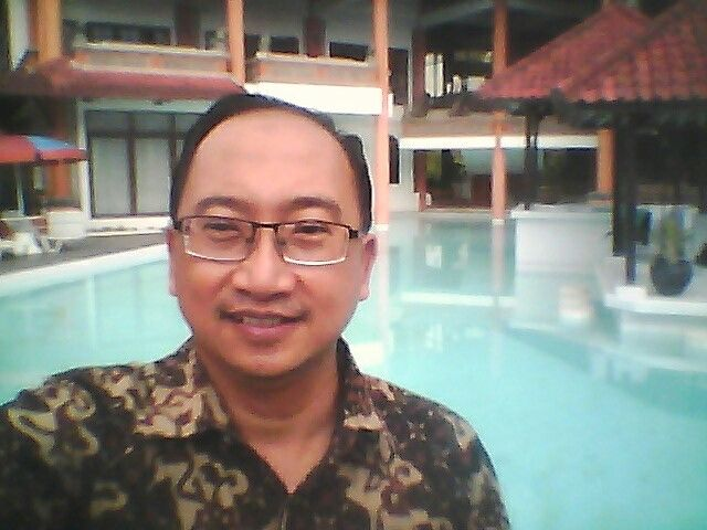 Royal Trawas Poolside