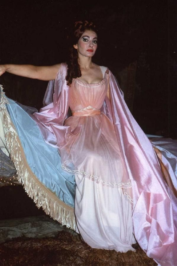 Maria callas in norma 1964 costume theatre historical - Casta diva vintage ...