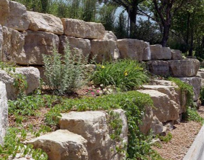 wall on pinterest retaining walls rock retaining wall and rock wall