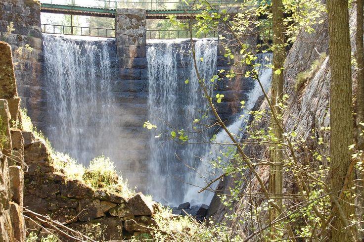Explore Gullringen. The waterfall.