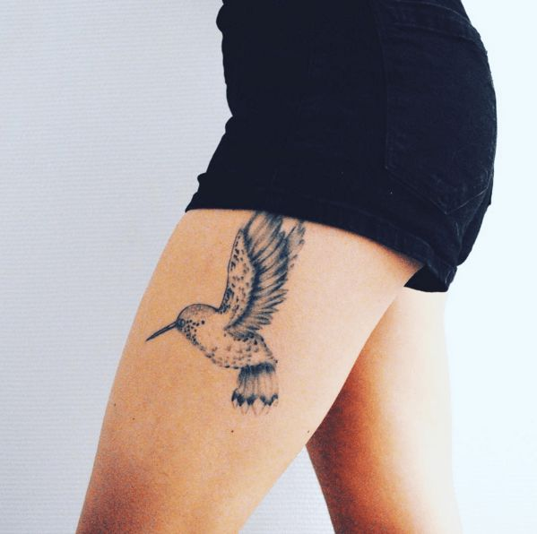 45 hummingbird tattoo ideas for women that are spectacular for Hummingbird hip tattoo