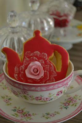 French tea pot cookies