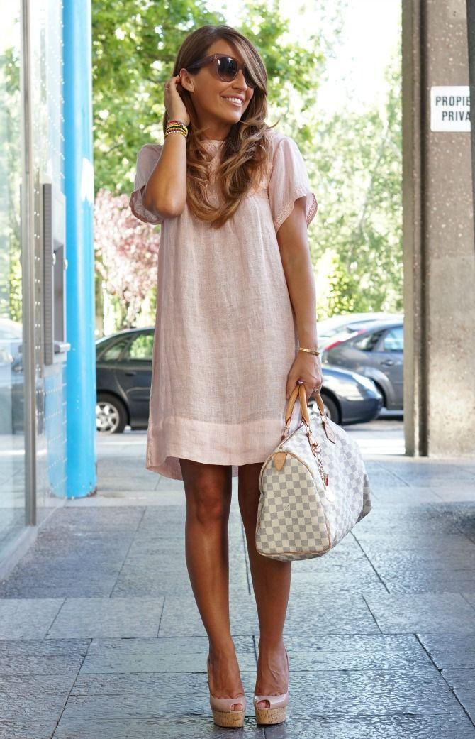 Dress: Zara (P / V14) - Handbag: Louis Vuitton - Wedges: One Plume by Christian Louboutin Pendant pocket: 20ans by Christian Louboutin - Eyewear: Céline