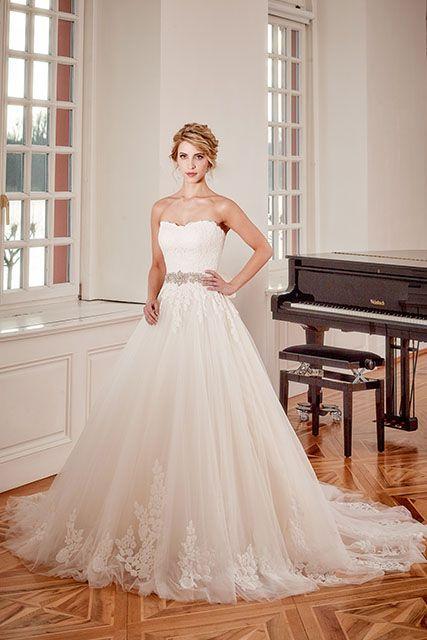 Prachtige jurk met een kanten top en tulle rok #DianeLegrand