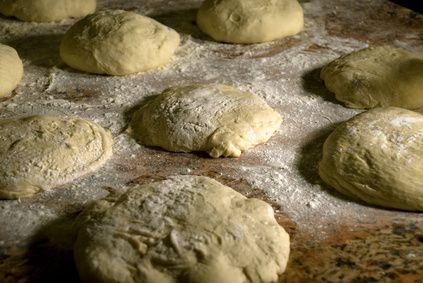 Usos para la masa de pan congelada   eHow en Español