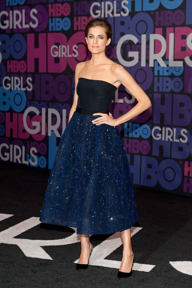 See what Allison Williams, Lena Dunham, and more wore to the 'Girls' premiere - Elle