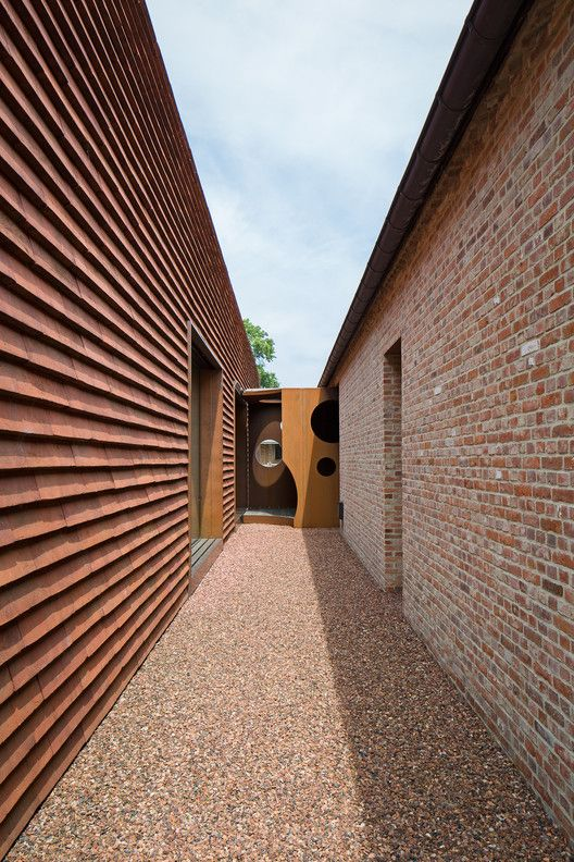 House Olmen Pascal Franois Architects Materials