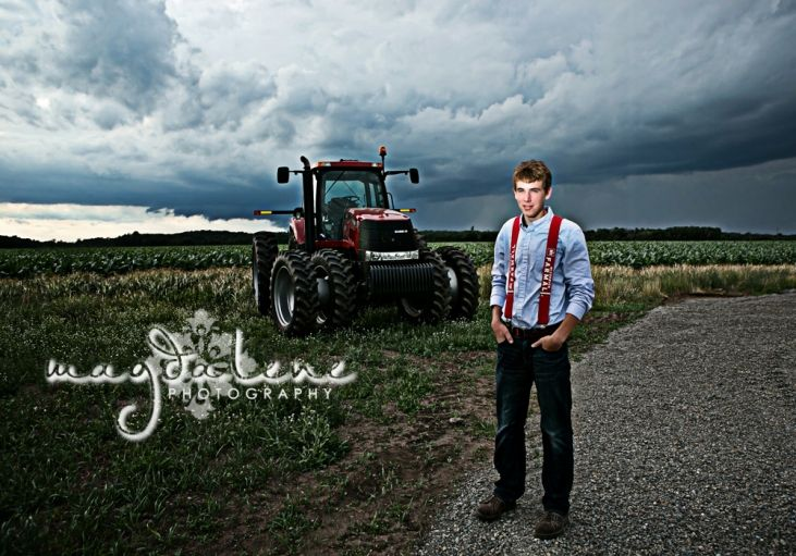 wisconsin-tractor-senior-pictures Magdalene Photography http://magdalenephotography.com/blog/