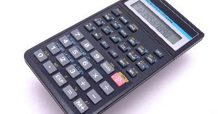 """Cómo usar la función de potencia en una calculadora científica. Las calculadoras científicas incluyen un número de funciones que usualmente no se encuentran en calculadoras estándar. Una de estas funciones es el botón """"Potencia"""". Este botón te permite elevar un número a cierto valor exponencial con unas cuantas teclas. Esto es mucho más rápido y sencillo que usar una calculadora estándar para multiplicar el ..."""