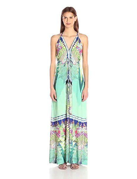 Bright boho dress for a beach wedding. #beachweddings #bohoweddings