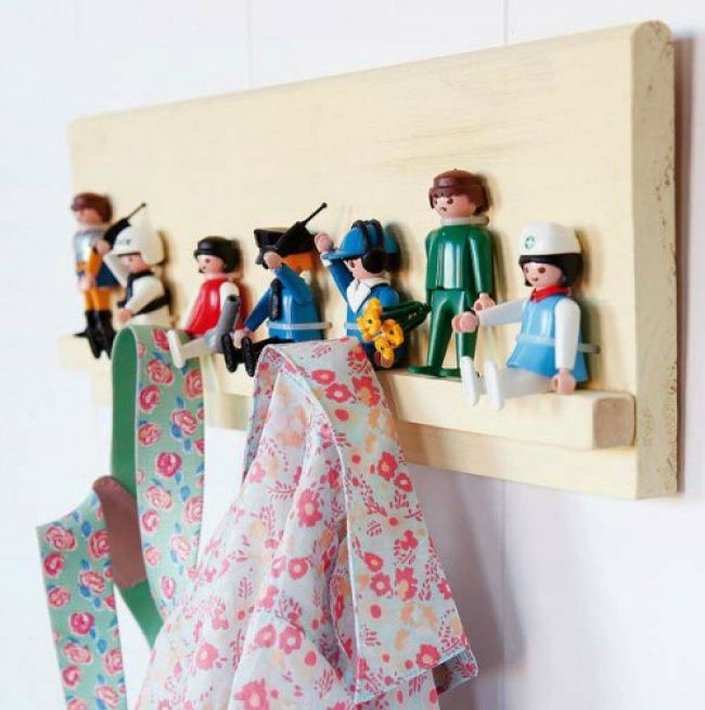 12 cool ways to give a second life to old plastic toys