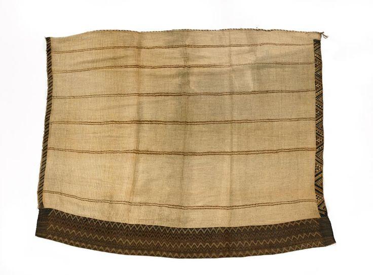 Kaitaka cloaks with tāniko borders – Māori clothing and adornment – kākahu Māori – Te Ara Encyclopedia of New Zealand