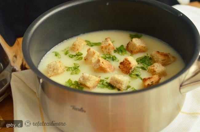 Supa crema de conopida cu usturoi | Rețete Papa Bun