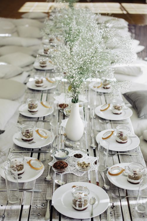 Perfect country chic table setting.