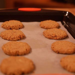 Sunny Anderson's 2 ingredient Peanut Butter Oat Cookies Recipe | Rachael Ray Show