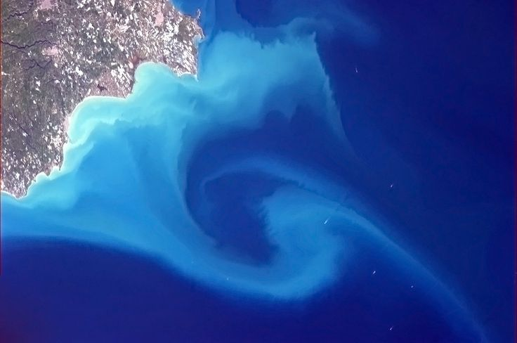 Space shots: Our beautiful world from far above #Esri #inspiration
