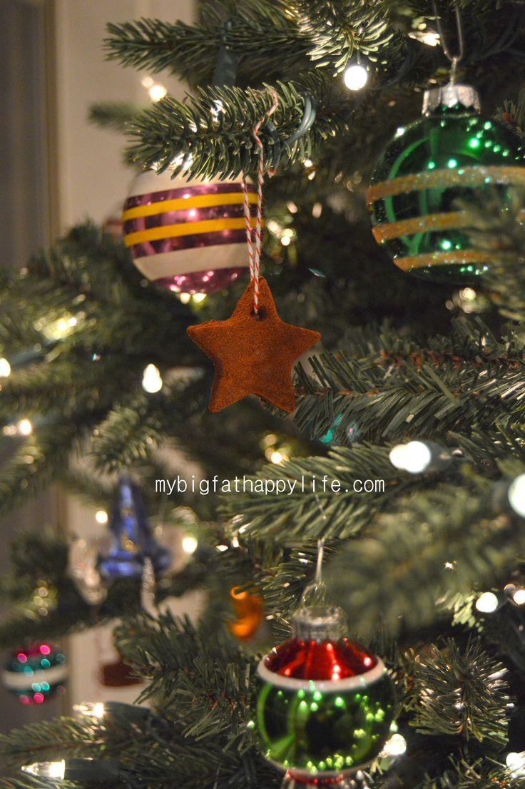 How to Make Cinnamon Applesauce Ornaments #DIY #Christmas   mybigfathappylife.com