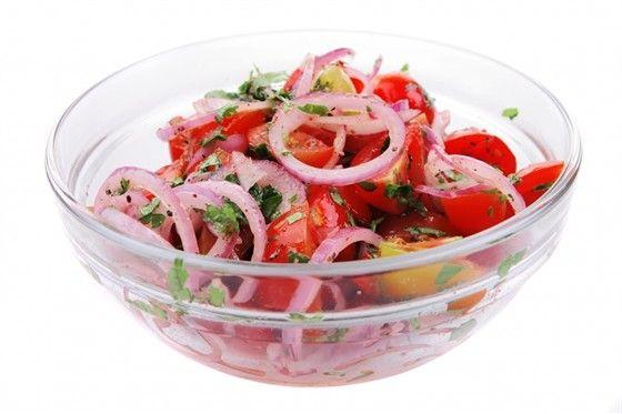 Самые вкусные рецепты: Салат из Помидоров с луком