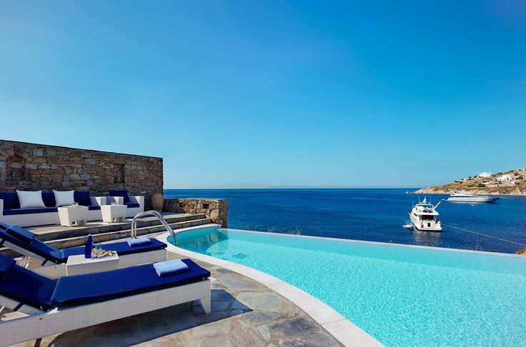 This incredible view is enough to convince you why our Private Pool Suite is perfect for a dream vacation in Mykonos! https://www.petasos.gr/accommodation/suites/#private-pool-suites  #PetasosBeach #Mykonos #PlatisGialos #Petasos #Beach #Summer2017 #Summer #SummerHolidays #SummerVacation
