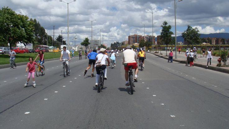 https://i2.wp.com/www.pps.org/wp-content/uploads/2015/12/Ciclovia-Bogota-Colombia-Saul-Ortega-Flickr.jpg