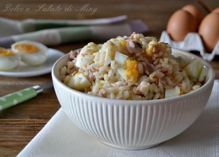 Insalata di riso con uova e tonno