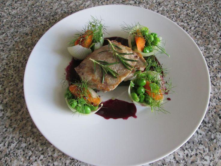 Capocollo di maiale  arrosto con verdure novelle e  salsa  al vino rosso  Gino D'Aquino