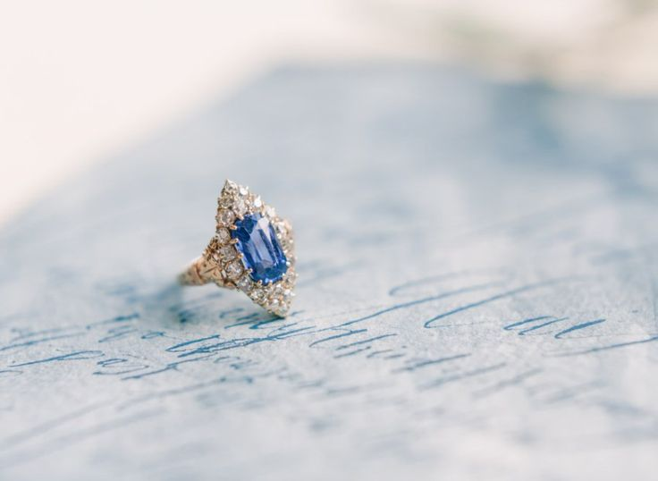 Vintage sapphire engagement ring   Modern Renaissance Wedding Inspiration | Holcim Waterfront Estate | photo by: ARTIESE
