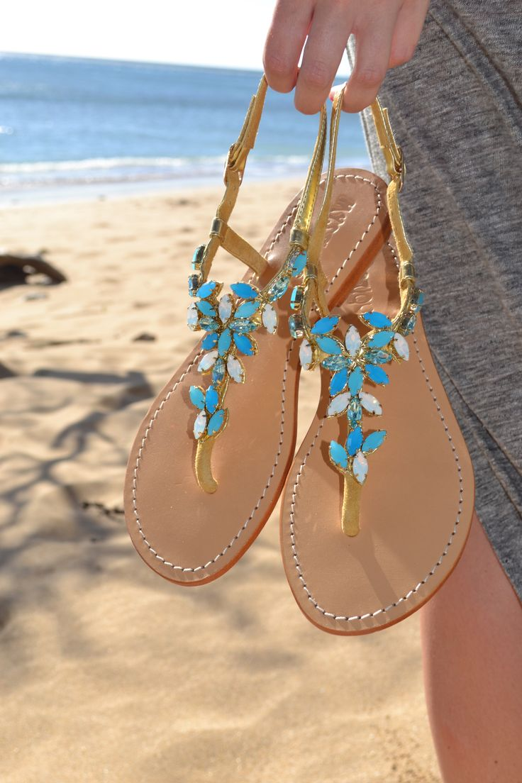 Turquoise leather sandals for your next vacation