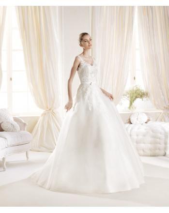 Robes de mariée col V organza appliqué dentelle ceinture