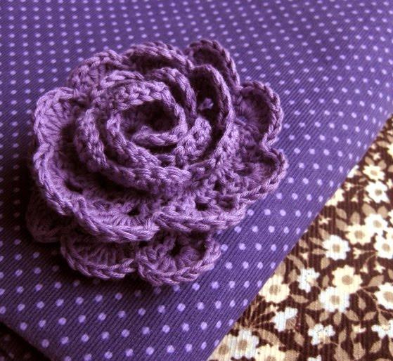 #crochet: Head Bands, Gorgeous Flowers, Flowers Crochet, Flowers Patterns, Crochet Flowers Leaves, Crochet Roses, Flower Patterns