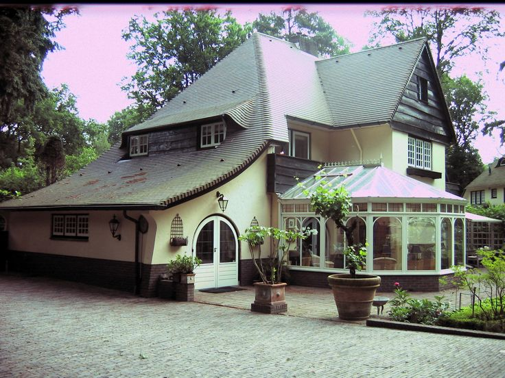 Our House-Sit in Laren. (Noord Holland) Netherlands 2009