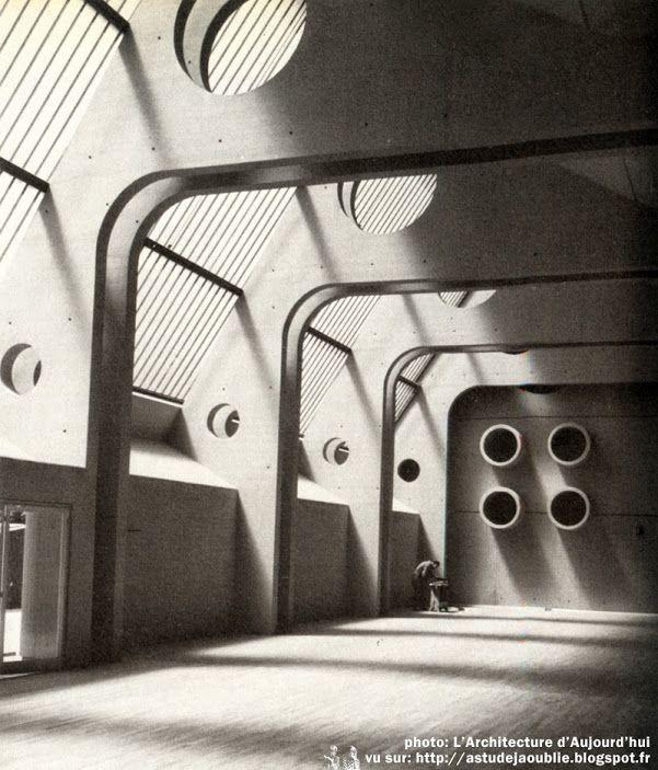 Paris 13ème - Caserne de pompiers Masséna Architecte en chef: Jean Willerval Architectes d'opération: Prvoslav Popovic Construction: 1971
