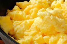 Descubra alguns dos alimentos que possuem baixos índices de carboidrato (low carb) e encontre aqui a receita que mais te agrada para o café da manhã.