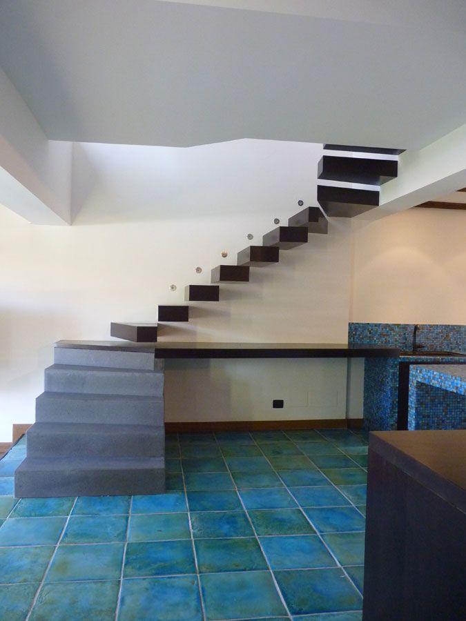 Oltre 25 fantastiche idee su gradini di legno su pinterest for Gradini in gres porcellanato