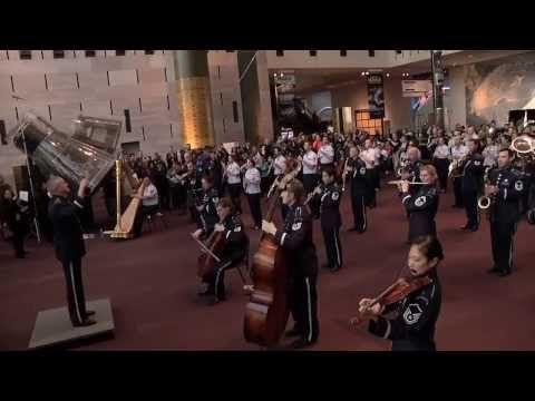 MUST SEE - FLASH MOB ! A First for the U.S. Air Force Band at the National Air and Space Museum! - YouTube