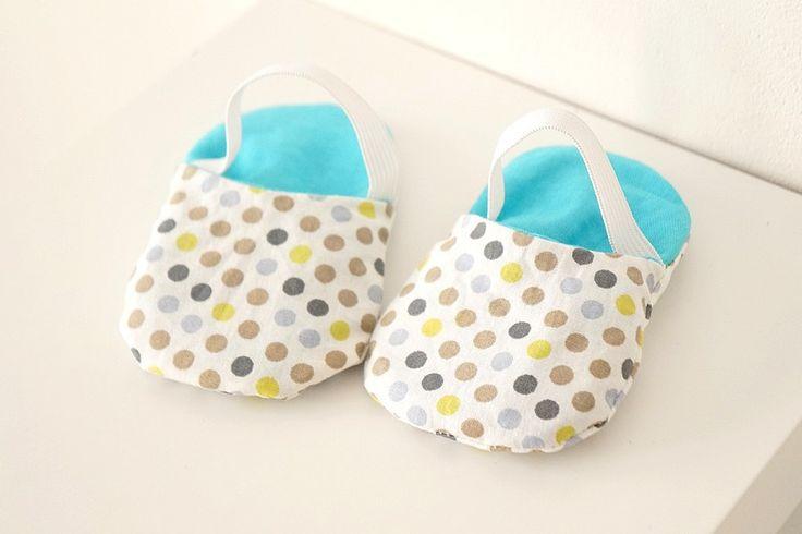 Chaussons sandales bébé garçon pois colorés : Mode Bébé par hazaliwa