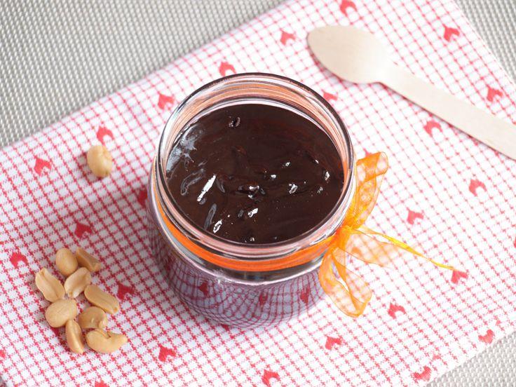 Pâte à tartiner chocolat cacahuètes maison