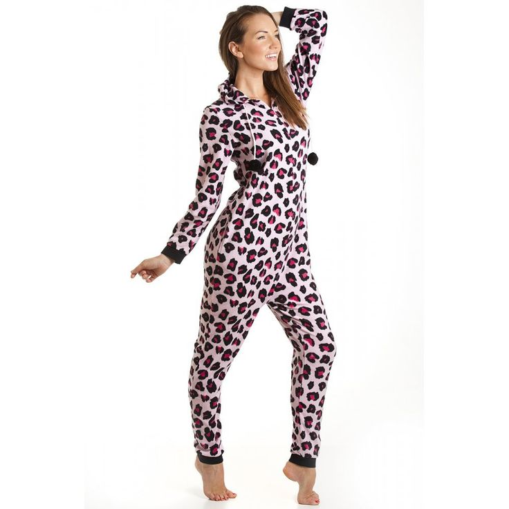 combinaison pyjama capuche en polaire motif l opard femme rose taille 36 46 44 46. Black Bedroom Furniture Sets. Home Design Ideas