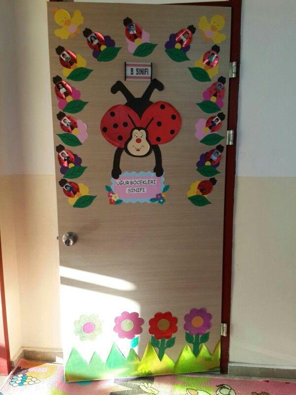 Sınıf kapısı süslemeleri