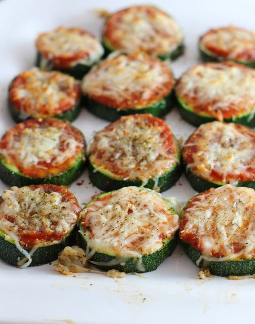 Healthy Zucchini Pizza Bites {carmens kitch}