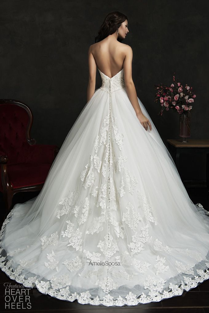 Amelia Sposa 2015 Wedding Dress Style: Filipina | Heart Over Heels #bridal #designer