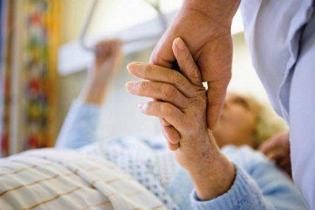 Медики: болезнь Паркинсона начинается в кишечнике