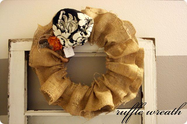 ruffle burlap wreathBurlap Wreaths, Decor Ideas, Fabrics Flower, Design Interiors, Diy Gift, Wreaths Make, Front Doors, Fall Wreaths, Autumn Wreaths