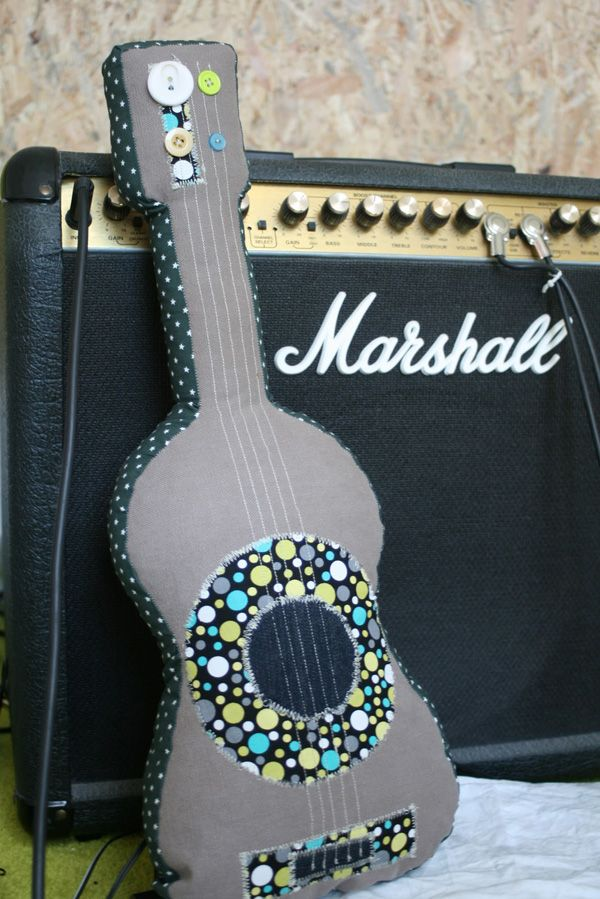 Plush guitar -- cute idea! So making this for Landon bed