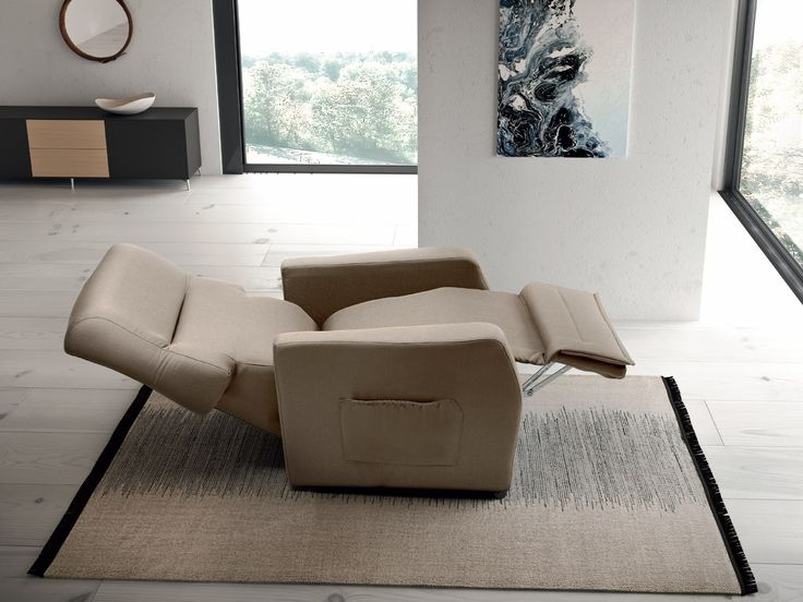BED SYSTEM armchair. It allows to lower the back until you reach a full supine position, just as in a real bed