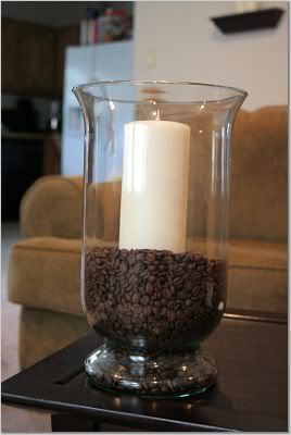 Coffee Beans with a vanilla candle. It smells amazing. Have to try this with hazelnut coffee beans, my favey fave...