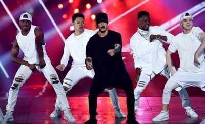 MTV 2015 Video Music Awards Sahiplerini Buldu ! Kayne West'in 'Michael Jackson Video Vanguard' ödülünü aldığı 'Mtv Video Music Awards'un merakla beklenen ödül töreni gerçekleşti.