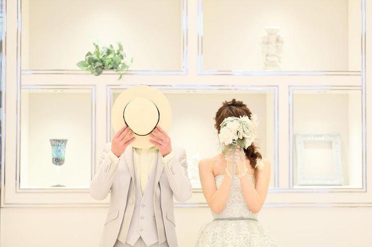 ⁚⁛ ₀ ₅ ₂ ₁ ㅤㅤㅤㅤㅤㅤㅤㅤㅤㅤㅤㅤㅤ 結婚 しました ! ㅤㅤㅤㅤㅤㅤㅤㅤㅤㅤㅤㅤㅤ たくさんの方に お祝いしていただいて ほんとうに 周りの人たちに恵まれとるな と 改めて実感して いちにちでした (..◜ᴗ◝..) ◌ ◌ ㅤㅤㅤㅤㅤㅤㅤㅤㅤㅤㅤㅤㅤ サプライズしてくれた 彼にも 感謝 ( 泣 ) これからも夫婦共々よろしくお願いします 〜 ㅤㅤㅤㅤㅤㅤㅤㅤㅤㅤㅤㅤㅤ ㅤㅤㅤㅤㅤㅤㅤㅤㅤㅤㅤㅤㅤ #happy#wedding#marry#justmarried#dress#portrait#ウェディング#ウェディングドレス#結婚#結婚式#入籍#前撮り#花嫁#卒花 http://gelinshop.com/ipost/1520401292853095765/?code=BUZjOugja1V